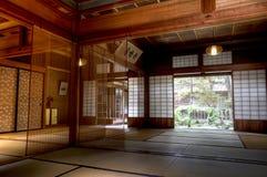 传统日本人江户时代商人房子室在高山市 免版税图库摄影