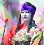 传统日本舞蹈家 库存图片