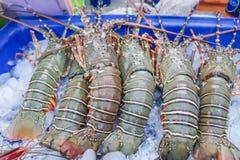 传统普吉岛` s异乎寻常的海鲜市场 库存照片