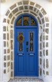 传统木门在希腊 库存图片