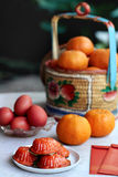 传统朱红色的草龟蛋糕 库存照片