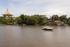 传统河船沙捞越,马来西亚 图库摄影