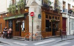 传统法国咖啡馆澳大利亚Bougnat,巴黎,法国 免版税库存图片