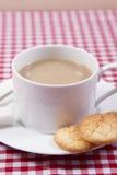 传统法国的蛋白杏仁饼干 免版税库存图片