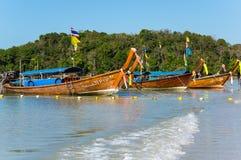 传统泰国长尾巴小船 图库摄影