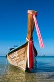 传统泰国长尾巴小船 库存照片