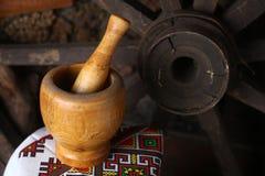 传统灰浆和杵 免版税库存图片