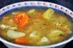 传统碗汤 库存照片