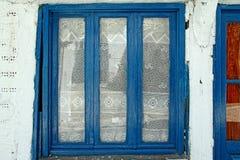 传统窗口在希腊 免版税图库摄影