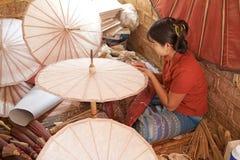 传统缅甸遮阳伞 库存照片