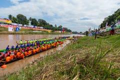 传统节日赛艇每年彭世洛省9月21日到22日,泰国 免版税库存图片