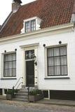 传统荷兰样式的,纳尔登,荷兰中世纪房子 免版税库存照片