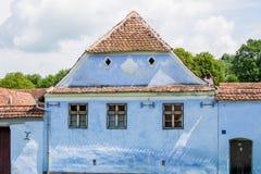 传统蓝色房子在Viscri 免版税图库摄影