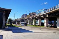 传统街道视图在瓦尔帕莱索,智利 免版税库存照片