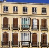 传统被关闭的Windows在西班牙 免版税库存图片
