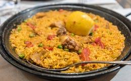 传统西班牙肉菜饭 免版税库存图片