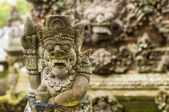 传统邪魔在巴厘岛守卫雕象 宗教 库存图片