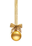 传统金黄圣诞节球 库存照片