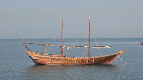 传统阿拉伯单桅三角帆船在多哈 影视素材