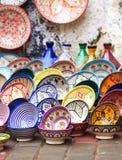 传统陶瓷瓦器在摩洛哥 免版税库存照片