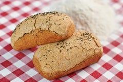 传统面包和面粉 库存照片
