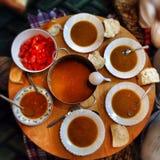 传统与bloor作用的食物装饰 免版税库存照片