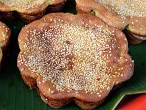 传统马来的蛋糕- Kueh Bakar 免版税图库摄影