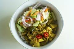 传统马来西亚烹调 混杂的米/Nasi Campur 免版税库存图片