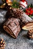 传统Christmas Buche de Noel蛋糕 库存图片