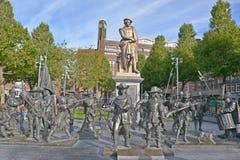 伦布兰特纪念碑 免版税图库摄影