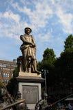 伦布兰特雕象 免版税图库摄影