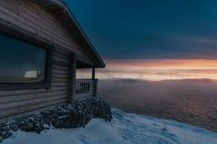 巴伦支海冬天海岸 库存图片