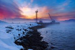 巴伦支海冬天海岸 图库摄影