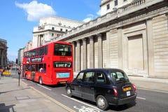 伦敦公共汽车和出租汽车 免版税图库摄影