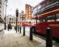 伦敦公共汽车 免版税库存照片