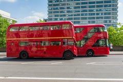 伦敦公车运送竞争 库存图片