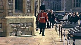 伦敦前进的卫兵 影视素材