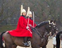 伦敦在马背上骑马卫兵 图库摄影