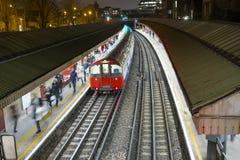 伦敦地下火车 免版税库存图片