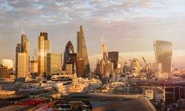 伦敦地平线在日落期间的 图库摄影