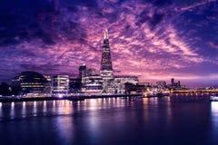 伦敦地平线日落香港大会堂和碎片 免版税库存照片