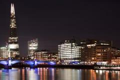 伦敦地平线的美好的风景图象在夜看的 库存照片