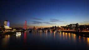 伦敦地平线,夜视图 免版税库存照片