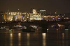 伦敦地平线,夜 免版税库存照片