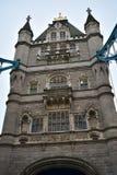 伦敦塔桥,唯一塔特写镜头 大厦王国伦敦老塔团结的维多利亚 图库摄影