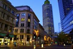 伦敦夜街道  免版税库存图片