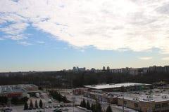 伦敦安大略看法从高层住宅第10楼的  免版税库存图片