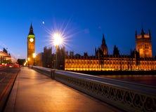 伦敦市威斯敏斯特大本钟都市场面概念 库存照片
