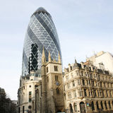 伦敦摩天大楼, 30圣玛丽轴也告诉了Gherkin 库存图片