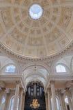 伦敦教会内部 图库摄影